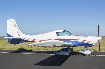 Quasar Lite RT - Rotax ULS 100 hp Aviônica Garmin